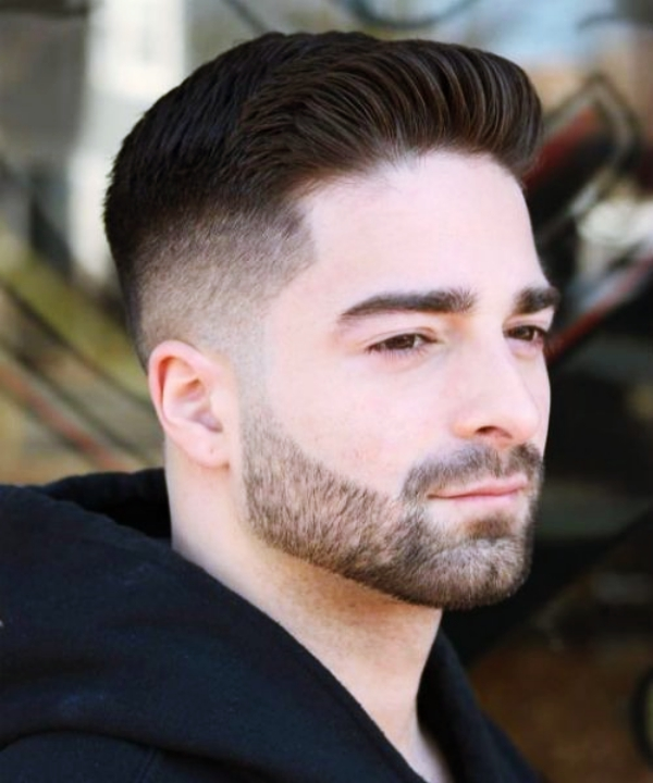 COUPE HOMME CHEVEUX COURTS AVEC BARBE 11