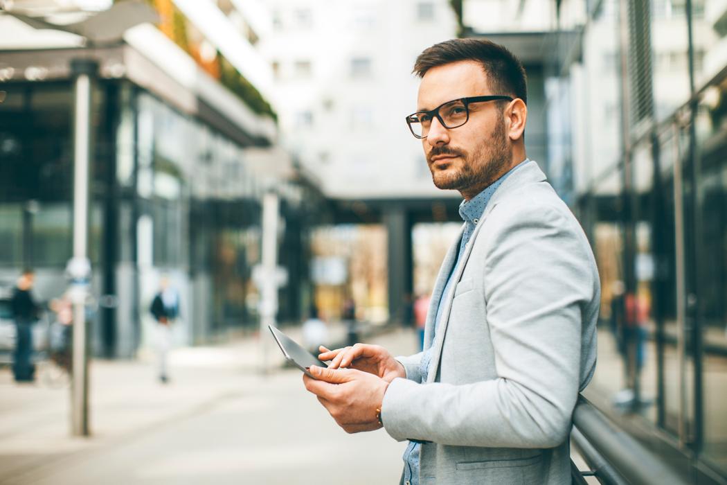 Comment choisir ses lunettes pour homme selon son visage?