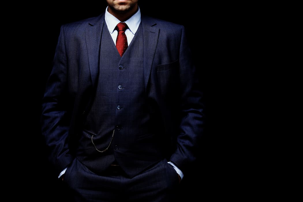 porter costume sur mesure homme