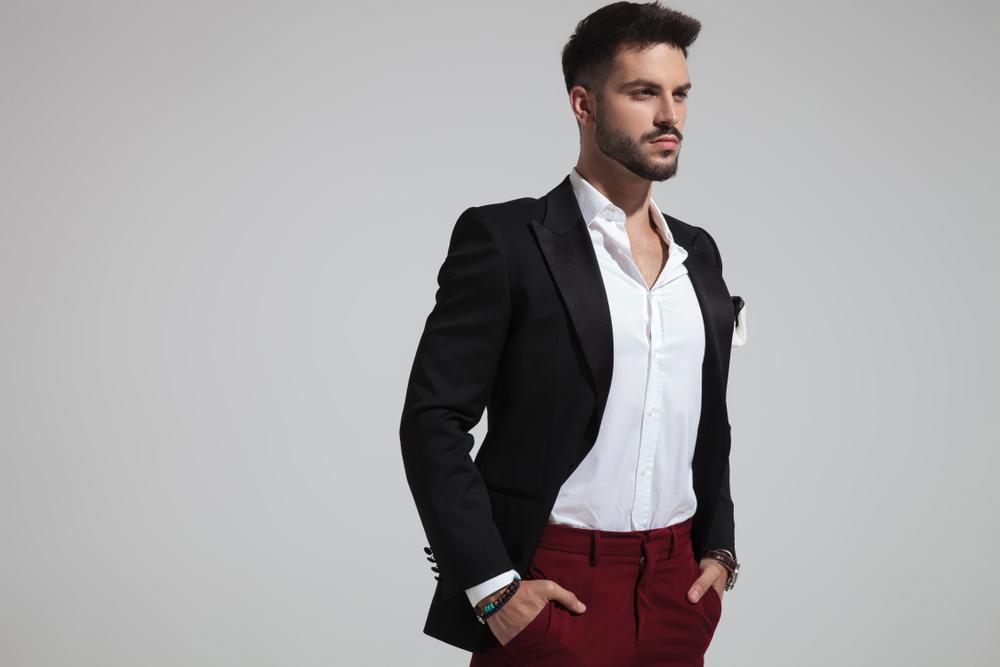 Pantalon bordeaux pour homme nos idées de looks