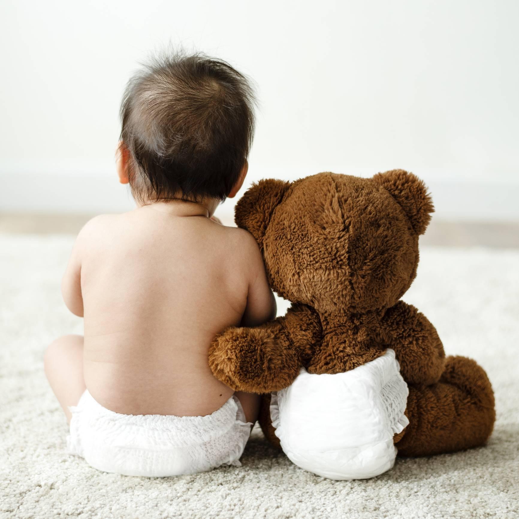 jeune papa tout savoir sur les couches et la peau sensible de bébé