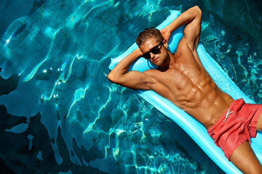 11 shorts de bain hommes tendances cet été
